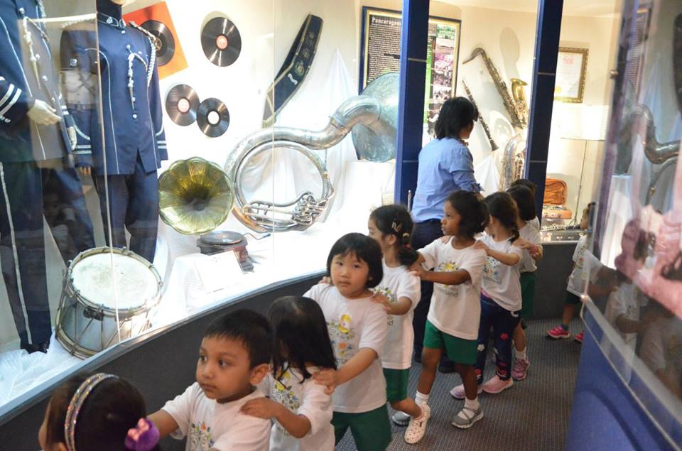 Children learnt about the history of policing in Malaysia through exhibits ranging from police uniforms and weapons.