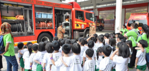 At the Central Fire and Rescue Station, children had the first-hand experience being in a fire truck. They could not content their excitement when they were briefed on the lights, tools and special equipment.